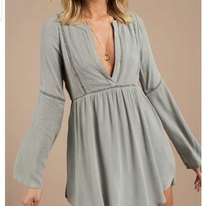 Tobi Trina Olive Plunge Shift Long Sleeve Dress M